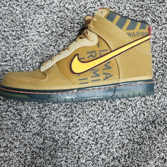3092242700a4 Nike Dunk Hi Premium QS